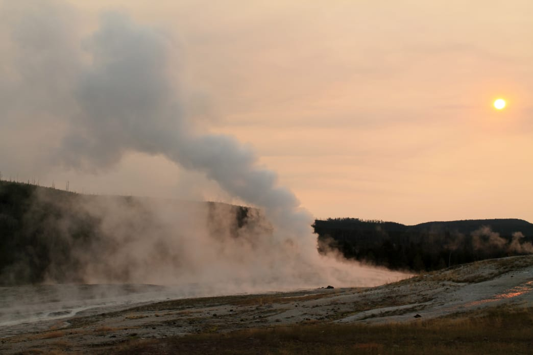 20180208-Wyoming-Yellowstone-Old Faithful